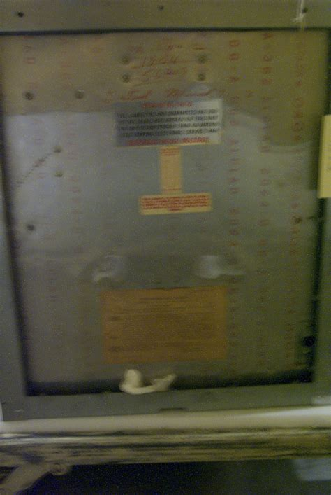 Tappan Model RL-1 Microwave Oven | National Museum of
