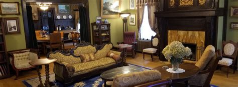 Laurium Manor Inn Upper Peninsula Bed and Breakfast and