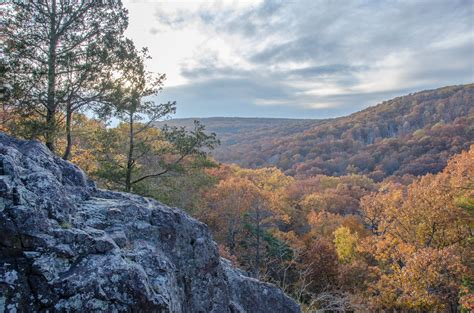 10 Scenic Overlooks in Missouri That Will Leave You Breathless