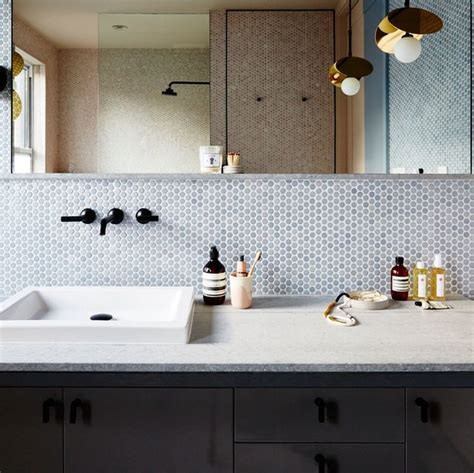 30 Bathroom Decorating Ideas on a Budget - Chic and