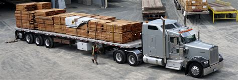 Understanding Trailer Types - T&P Trucking - Flatbed and