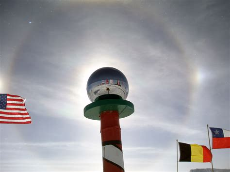 South Pole Thumbnails Pages - Sun Dogs and Ceremonial